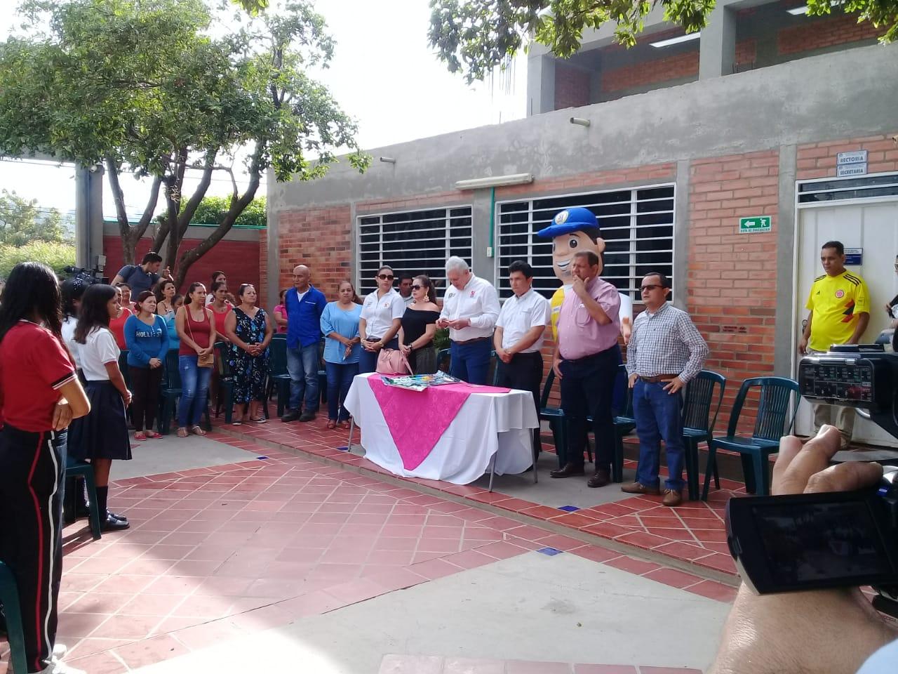 I.T. Carlos Ramirez