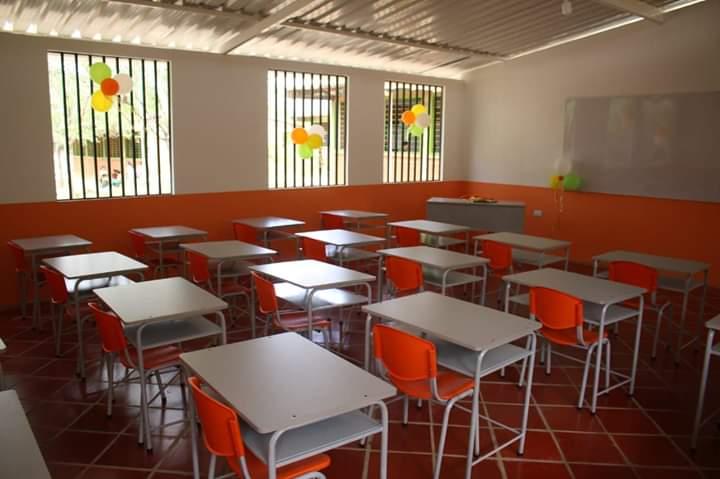 EL CONSEJO NORUEGO DONA UNA AULA DE CLASES