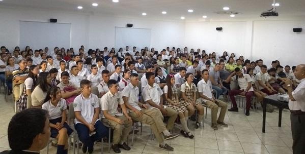 ENCUENTRO DE CANDIDATOS A PERSONEROS Y CONTRALORES ESTUDIANTILES